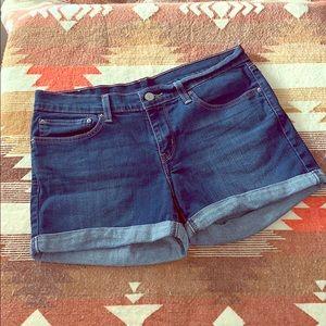 Levi denim shorts size 30!
